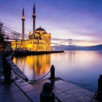 Mesquita Ortakoy, Istambul, Turquia